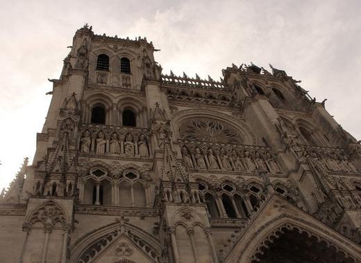 Medium cathedral 2694168 1920