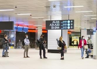 Thumb budapest airport amid coronavirus