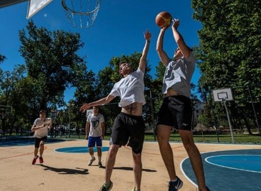 Medium budapest   city park   sports centre