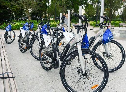 Medium e bikes in lodz   pawe%c5%82 %c5%81acheta  um%c5%81