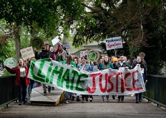 Thumb climate justice