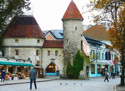 Medium tallinn old town