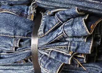 Thumb jeans 2357280 1920