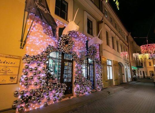 Medium vilnius christmas decorations