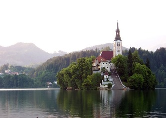 Thumb lake bled 2400063 1920