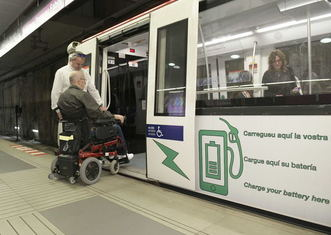 Thumb disabled person in metro barcelona