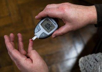 Thumb diabetes