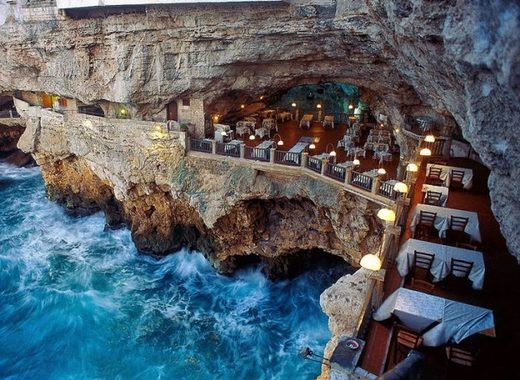 Medium grotta palazzese restaurant 1