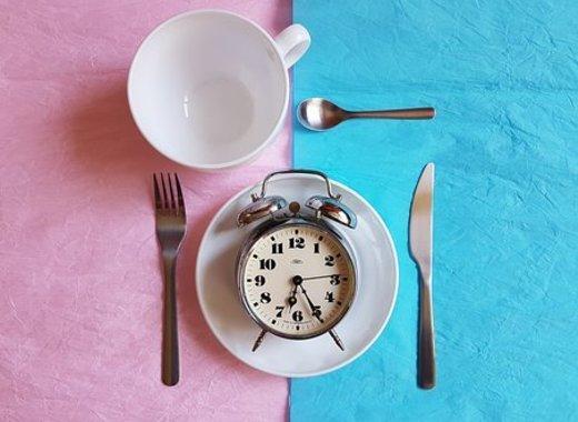 Medium breakfast 3397655  340