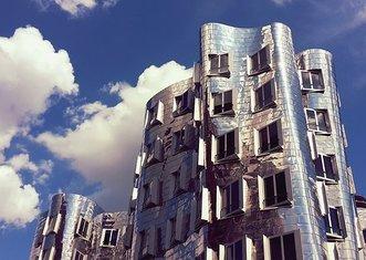 Thumb architecture 2371294  340