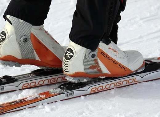 Medium cross country skiing 3020748 1280