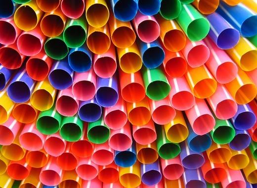 Medium straws 1039328 960 720