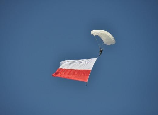 Medium flag 1639008 1280