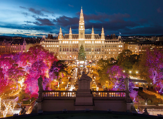 Vienna Christmas Market.Enjoy The World Famous Viennese Dream Christmas Market