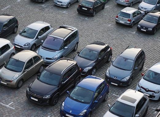 Medium parking 825371 1280