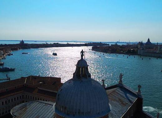 Medium venezia