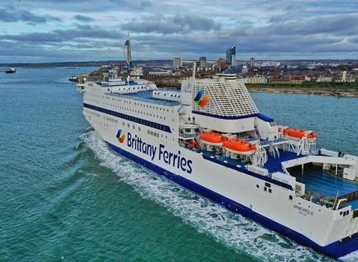 Medium brittany ferries ships  enthusiasts and crew