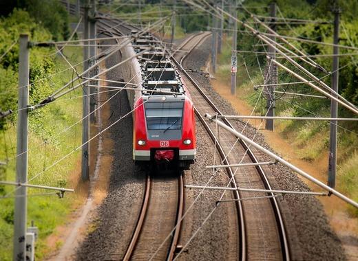 Medium train 797072 1280