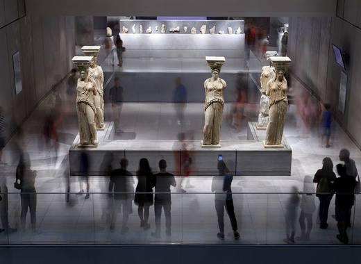 Medium acroplismuseum1