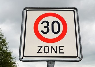 Thumb speedlimit