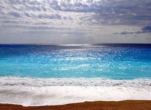 Medium sea