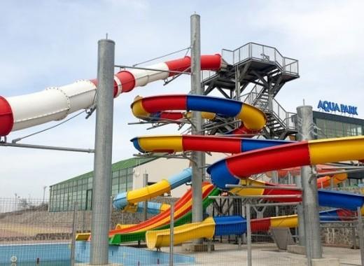 Medium corni%c8%99a aqua park