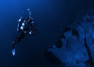 Thumb underwater
