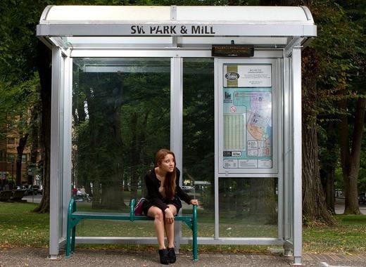Medium bus stop 72171 1280