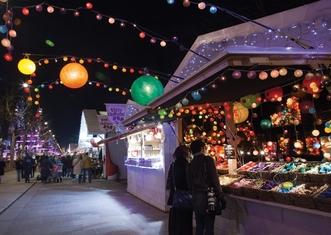 Thumb champs elysee christmas market paris 1