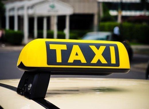 Medium taxi1