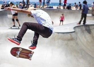 Thumb skater