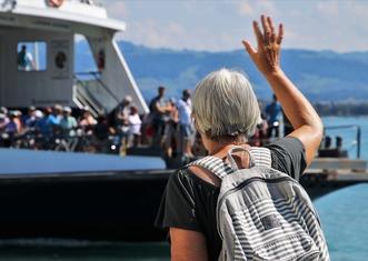 Thumb ferry