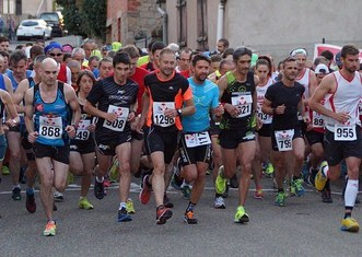Thumb foot race 1529149  340