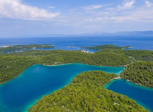 Medium archipelago