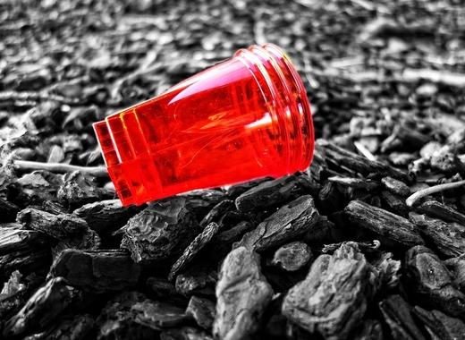 Medium plastic cup 3147077 960 720
