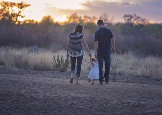 Thumb family 2485714 1280