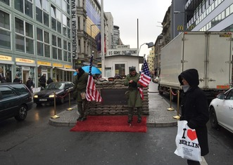 Thumb checkpoint charlie 2676144 1280