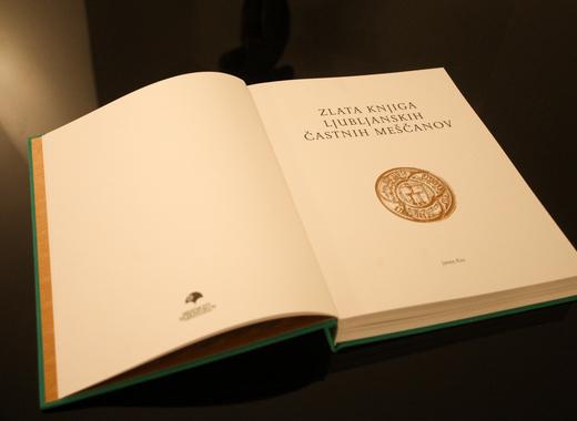 Medium 191127 predstavitev knjige o castnih mescanih nrovan 005