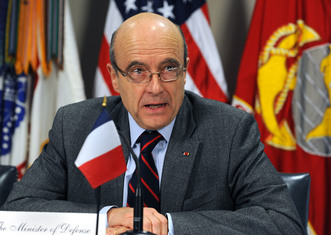 Thumb defense.gov news photo 110208 d 9880w 170   french minister of defense alain juppe responds to a reporter s question during a joint media availability in the pentagon with secretary of