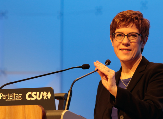 Medium annegret kramp karrenbauer