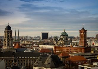 Thumb berlin 4069206 1280
