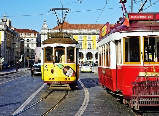 Medium tram 2650096 1280