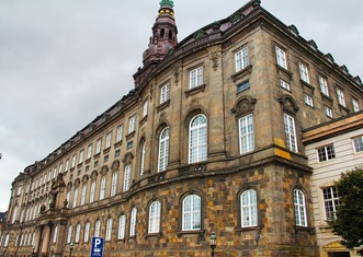 Thumb christiansborg palace 1204602 1280