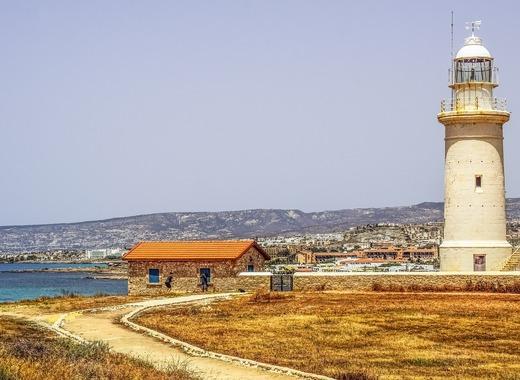 Medium lighthouse 2323787 1280
