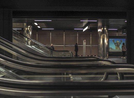 Medium escalator 4815107 1280