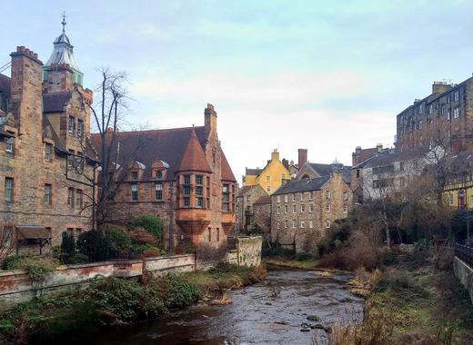 Medium edinburgh 3983451 1280