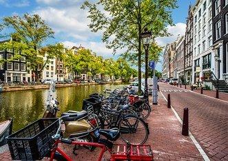Thumb amsterdam 2261212  340
