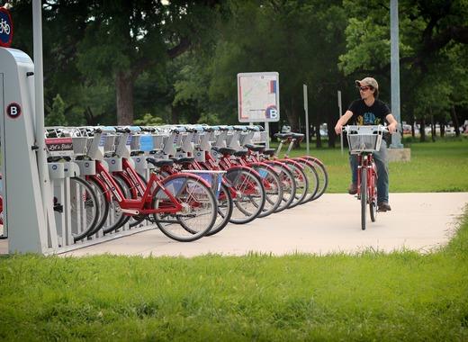 Medium bicycling
