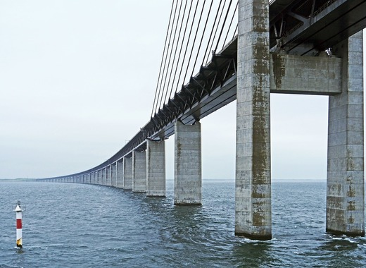 Medium oresund bridge 2417480 1280