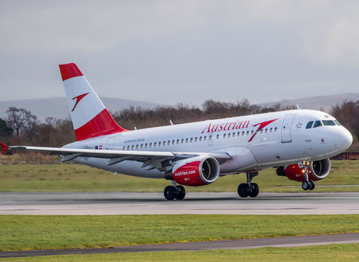 Medium austrian airlines airbus a319 oe ldg  25843132170